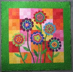 Flower Wall Hanging by Capegirl - Quilters Club of America