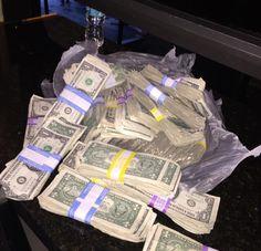 I Lenda V.L. WON the 2016 September/October 1st lotto jackpot‼
