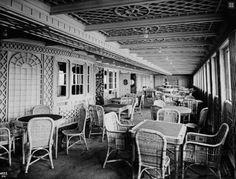 Titanic -  First class Cafe Parisienne