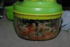 the tupperware chic: Homemade Salsa with Tupperware Quick Chef Pro