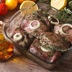 If you're looking for new flavors, marinating your meat before applying the heat is an amazing step. These are the basics of marinade. Steak Marinade Recipes, Meat Recipes, Carne Asada, Cooking Tips, Cooking Recipes, Best Steak, New Flavour, Barbecue, Steak Marinades