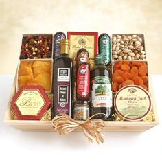 Something for Everyone   Gourmet Meat and Cheese Gift Basket - Ultimate XL