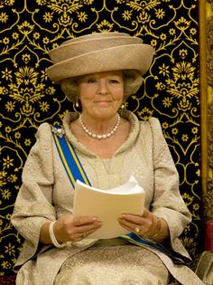 Princess Beatrix So much nicer than Queen Elizabeth