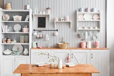 Beyond Mere Paint: 7 Great Kitchen Wall Ideas
