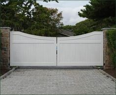 Cellular Vinyl Universal Privacy Gate | Entrance Gates, Wood Gates, and more from Walpole Woodworkers