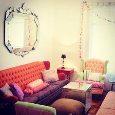 Sabia que temos espelhos venezianos na nossa loja online? E até domingo tem frete grátis, aproveita! :) www.shoplemodiste.com.br
