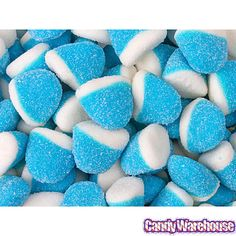Raspberry Pufflettes Blue & White Gummy Bites Bag - perfect for your winter theme, Frozen theme, Penguine theme parties and more. Light Blue Aesthetic, Blue Aesthetic Pastel, Aesthetic Colors, Food Wallpaper, Wallpaper Iphone Cute, Blue Candy Buffet, Image Bleu, Candy Background, Memorial Day Foods
