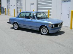 BMW 2002 blue Bmw 2002, Bmw Classic, Bmw Cars, The Past, Vehicles, Sports, Blue, Hs Sports, Car