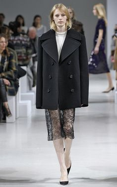 Nina Ricci Fall/Winter 2015 Trunkshow Look 1 on Moda Operandi
