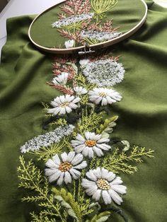 Best 12 Embroidered table runner – Page 733594226782907698 – SkillOfKing. Bordados Tambour, Tambour Embroidery, Hand Embroidery Stitches, Modern Embroidery, Silk Ribbon Embroidery, Hand Embroidery Designs, Beaded Embroidery, Cross Stitch Embroidery, Broderie Simple