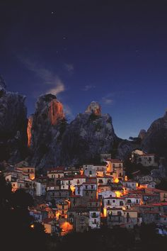 The origins of #Castelmezzano date to approximately between the 6th and 5th centuries BC. In the 10th century AD, the Saracen invasions forced the local population to find a new location. It is said that during the exodus, a pastor called Paolino discovered a place to move, formed by rocks from the steep peaks which could repel the invaders by means of rolling stone boulders on to the invaders. #Basilicata #BnBGenius #lifeisajourney