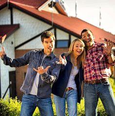 Graham, Amber, and Nathaniel having fun on season 7 set! Source: Graham Wardle Instagram