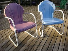 retro vintage patio  furniture | Shell back vintage metal lawn chairs LOVE the purple and blue looks!!!