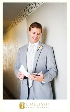 Groom, Card, Tradewinds Island Resort, Wedding Photography, Limelight Photography, www.stepintothelimelight.com