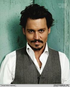 Johnny Depp totally love him ( my lifetime crush) he is great actor that deserves an Oscar !