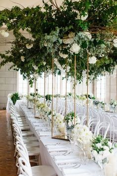 24 Amazing Green And Gold Party - weddingtopia