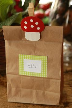 Woodland toadstool favor bags from make-it-do.com