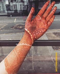50 Most beautiful Rajasthani Mehndi Design (Rajasthani Henna Design) that you can apply on your Beautiful Hands and Body in daily life. Easy Mehndi Designs, Latest Mehndi Designs, Rajasthani Mehndi Designs, Mehandhi Designs, Indian Henna Designs, Beginner Henna Designs, Mehndi Designs For Girls, Mehndi Design Photos, Wedding Mehndi Designs