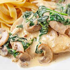 Chicken with mushrooms and spinach - Chicken - Makaron Mushroom Chicken, Spinach Stuffed Chicken, Potato Salad, Stuffed Mushrooms, Cooking Recipes, Favorite Recipes, Pasta, Meat, Ethnic Recipes