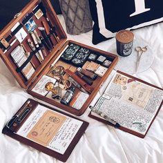 "Galen Leather Co. op Instagram: ""The Writing Box setup from @skybambi Thanks for featuring . . . #writingbox #agenda #stationerylove #stationeryaddict #writerscommunity…"" Handmade Journals, Handmade Books, Watercolor Kit, Art Storage, Scrapbook Journal, Diy Box, Life Planner, Bookbinding, Aesthetic Art"