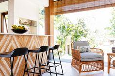 Visualizador de quartos   Ideias de Design de quartos e espaços: fotos de projetos de espaço vivo, cozinha e banho   HGTV