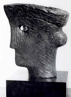 Henry Moore - Works in Public - Study for Head of Queen 1952 (LH Sculpture Head, Stone Sculpture, Modern Sculpture, Abstract Sculpture, Metal Sculptures, Henry Moore Sculptures, Crystal Garden, Alberto Giacometti, Statues