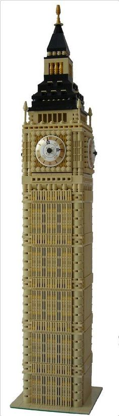 Large scale Big Ben made of LEGO