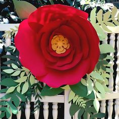 Ideas on using paper flowers at your wedding or event  Paper Flower Walls, backdrops, photo backgrounds