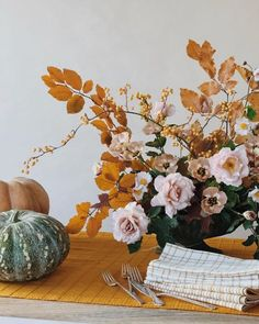 Flower beauty doesn't have to stop at the front door. Bring them inside and make dramatic fall flower arrangements that will infuse your home with a stunning dose of color. Check out the following nine displays for a little seasonal inspiration. #hunkerhome #flower #flowerideas #fallflowers #fallflowerinspo Hello January, October Fall, Happy October, October Flowers, Fall Flowers, October Pictures, Apple Festival, Wedding Table Centerpieces, Wedding Decoration