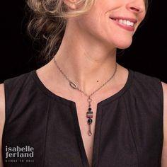 necklace / wood pendant / women necklace /  wooden jewelry /pendant / wood / isabelle ferland de la boutique IsabelleFerland sur Etsy