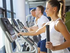 5 tips for using the elliptical cross trainer properly - Tess G.- 5 tips for using the elliptical trainer well – - Fitness Planner, Fitness Tips, Health Fitness, Seance Cardio, Elliptical Cross Trainer, Burn Fat Build Muscle, Aerobics Classes, Pool Workout, Strength Workout
