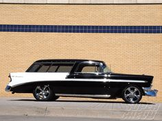 1956 Chevy Nomad Wagon - classic two tone and beautiful Station Wagon, General Motors, My Dream Car, Dream Cars, Alfa Romeo, Super Chevy Magazine, Volkswagen, Toyota, Automobile