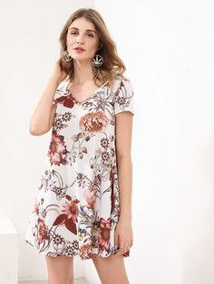 SheIn offers Floral Print Swing Tee Dress & more to fit your fashionable needs. Casual Day Dresses, Summer Dresses, Summer Maxi, 1920s Fashion Women, Tee Dress, Festival Wear, Pretty Dresses, Dresses Online, Vintage Dresses