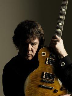 Here's three rock licks in the style of guitarist Gary Moore Hard Rock, Heavy Metal, Gary Moore, Irish Rock, Joe Bonamassa, Celtic Music, Thin Lizzy, All About Music, Northern Soul