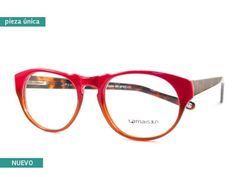 Je Suis - Tina in red & tortoise