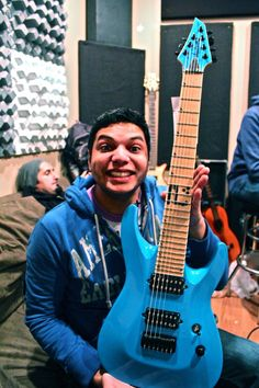 Misha Mansoor from Periphery showing off his new Jackson 7 string guitar!