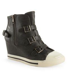 R2® Ardsley Buckle Sneaker Wedge