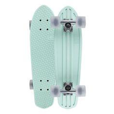 GLOBE Bantam Cruiser Skateboard (310 BRL) ❤ liked on Polyvore featuring men's fashion, men's accessories, fillers, skateboards, accessories, other, skate, longboards & cruisers and men