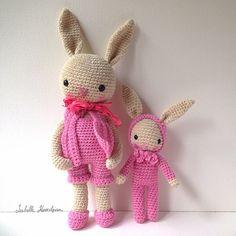 Amigurumi bunny's by Isabelle Kessedjian