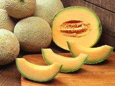 Dieta indiană, Dieta cu cartofi, Dieta Rina, Dieta minune, Dieta mediteraneană, Dieta ketogenică, Dieta Oshawa, Dieta disociată 7 zile, Dieta Ana Lesko, Dieta cu cartofi și iaurt.  Pepenele galben este un fruct sarac in calorii (aproximativ 30-40kcal la 100g), care provin in principal din zaharuri.  In acelasi timp, este o sursa excelenta de vitamina C si vitamina A, are un continut important de potasiu (electrolit esential pentru functia cardio-vasculara), magneziu, vitamine din g Can Dogs Eat Pickles, Can Dogs Eat Carrots, Can Dogs Eat Bananas, Can Dogs Eat Corn, Growing Cantaloupe, Growing Melons, Growing Vegetables, Fruits And Vegetables, Dog Eating