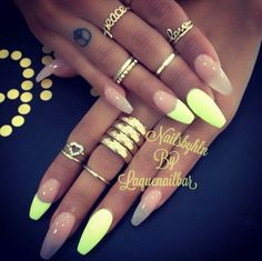 Neon Yellow & Clear Squoval Acrylic Nails w/ Ring Set