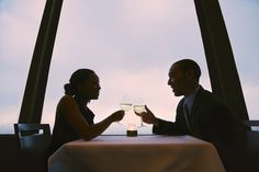 The Top 3 Reasons Why Men Should Still Pay for Dinner on a Date