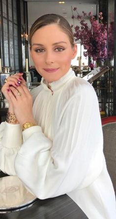 Who made  Olivia Palermo's white pleated top?
