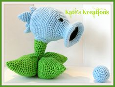 One of MY patterns is available for FREE on Ravelry ^_^ Now to start typing up some of the others...