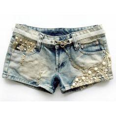 Short Jeans Feminino com Renda e Pedras
