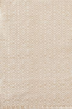 Dash & Albert | Annabelle Wheat Indoor/Outdoor Rug | This clever take on a classic diamond pattern—in a durable, washable indoor/outdoor jacquard weave made of recycled materials—is an instant style star. Due to the handmade nature, variations in color are expected.