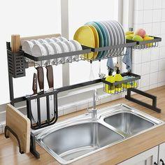 Home Decor Kitchen, Kitchen Interior, Home Kitchens, Diy Home Decor, Kitchen Decorations, Kitchen Ideas For Apartments, Colorful Kitchen Decor, Small Kitchens, Dream Kitchens