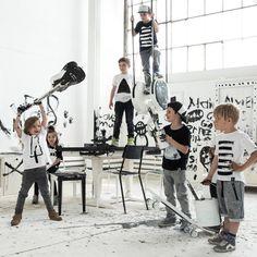 Kindish - kindermode nieuw merk   zwart wit .