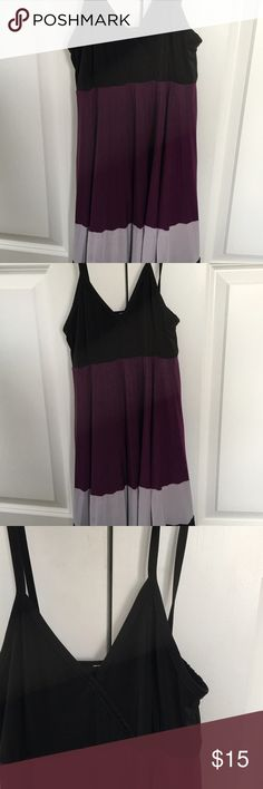 I'm fraud trios cross over strapless dress This dress is so low and sophisticated 02 toile makes a perfect Lacross to purple gray and black throughout the draft must see UN DEAUX TROIS Dresses