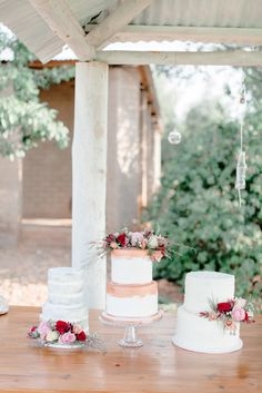 With a stunning and madly in love couple, the prettiest floral arrangements and a garden wedding scene that is utterly breathtaking. All captured, awash with colours and the most gorgeous light, at a hidden gem just outside of Pretoria (Bell Amour). Wedding Cake Toppers, Wedding Cakes, Copper Rose, Rose Gold, Wedding Scene, Rustic Wedding Venues, Gold Cake, Garden Wedding, Floral Arrangements